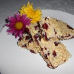 Snack di mandorle e mirtilli rossi senza cottura