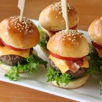 Mini Burger per aperitivi in due versioni