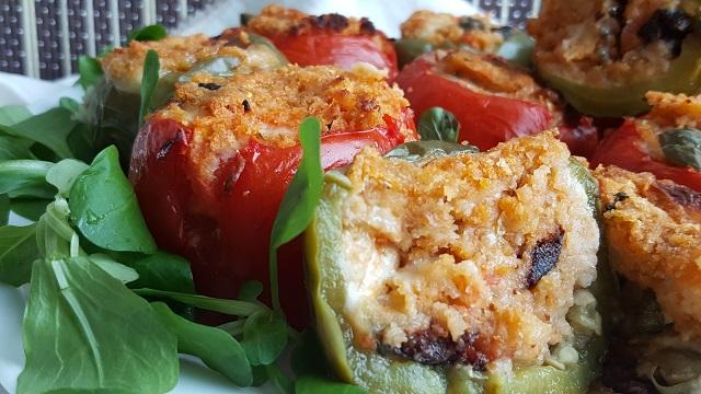 pomodori-e-peperoni-ripieni-al-forno (2)