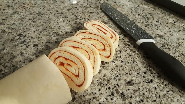 preparazione-girelle-di-mozzarella-di-luca-montersino (9)