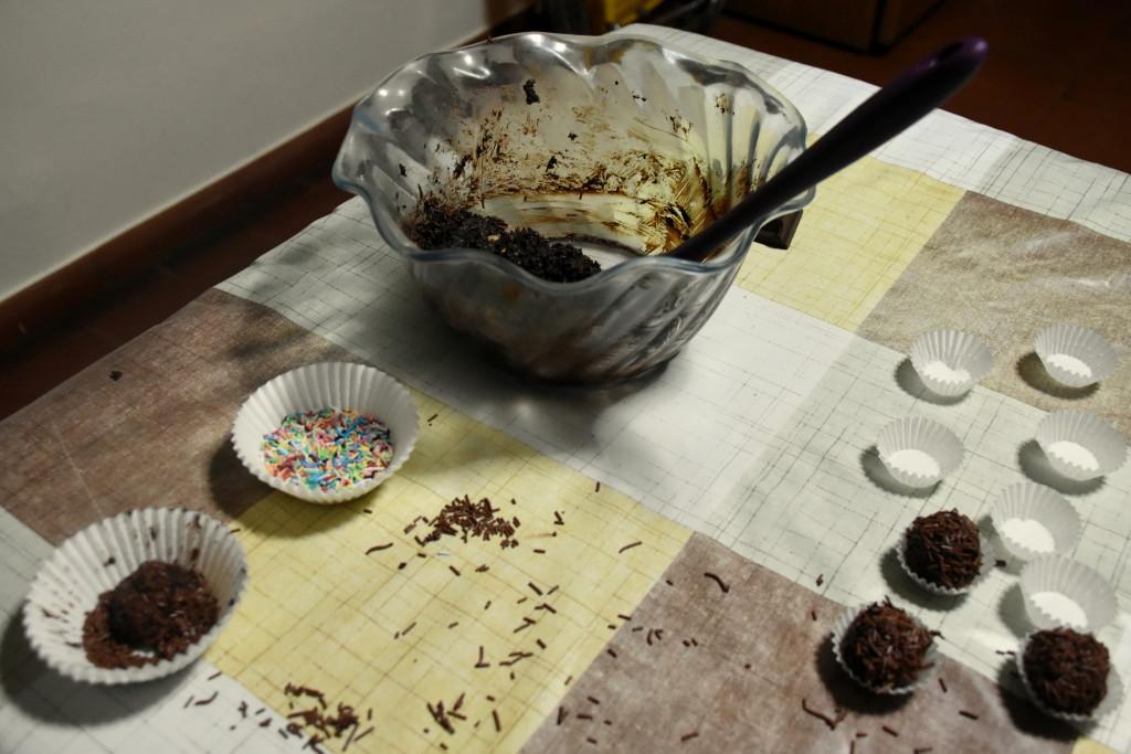 dolcetti-mandorle-e-cioccolato-3ok