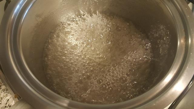 preparazione-salsa-mou-1