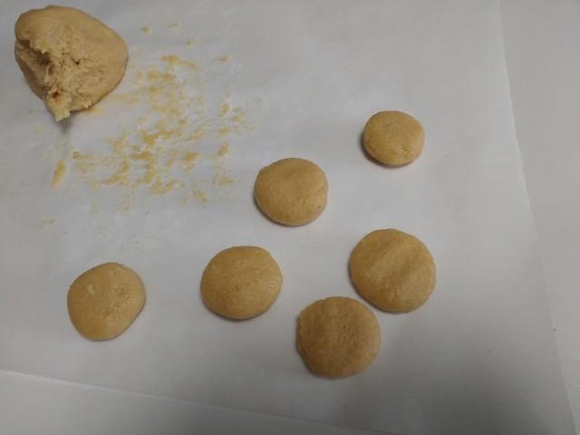 preparazione-biscotti-allo-zenzero-5