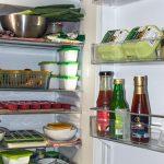 Come pulire il frigo, trucchi e consigli