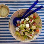 Insalata greca, il mediterraneo in un piatto