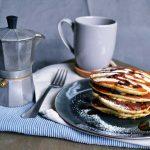Pancake ai mirtilli, una ricca colazione