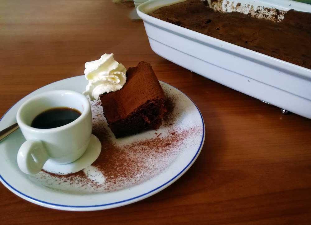 Torta al cioccolato morbida , un angolo di Paradiso da gustare
