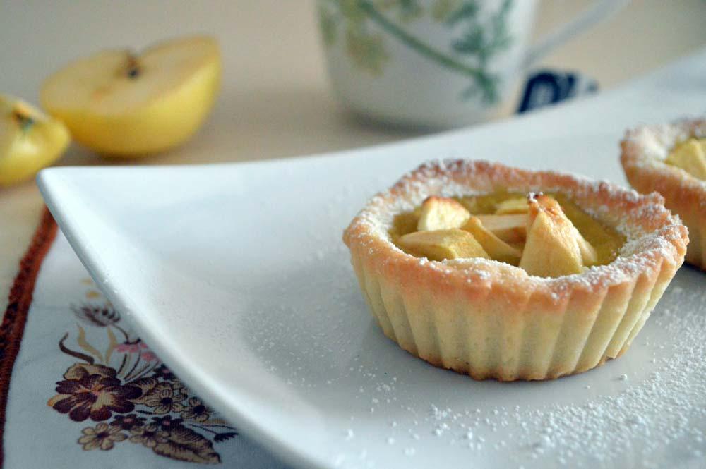Crostatina di mele, una bontà unica in due versioni