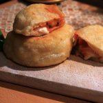 Pizza fritta, da Napoli con furore