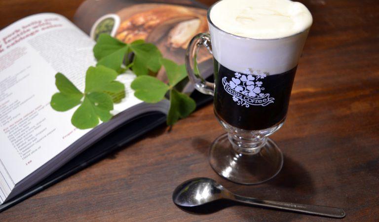 Irish coffee: la bevanda irlandese che riscalda anche i nostri cuori