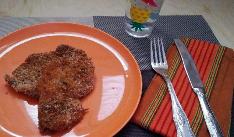 Petto di pollo al latte, croccante e leggero